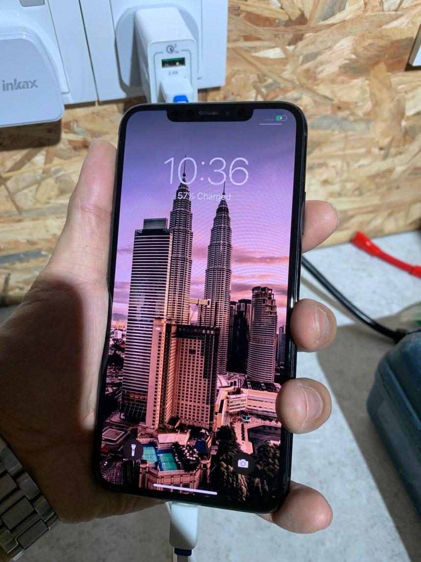 iPhone XS LCD Repair